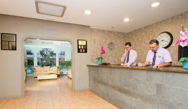Club Las Calas Lanzarote reception team