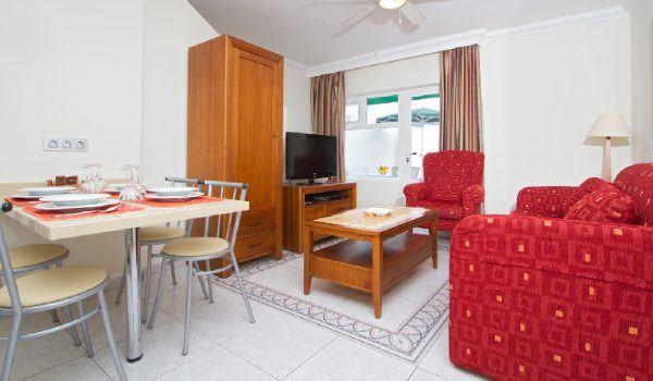 Club Las Calas Lanzarote lounge diner apartment accommodation