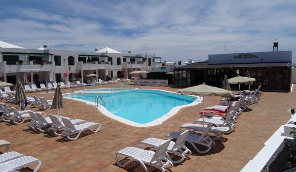 Club Las Calas Lanzarote swimming pool facilities